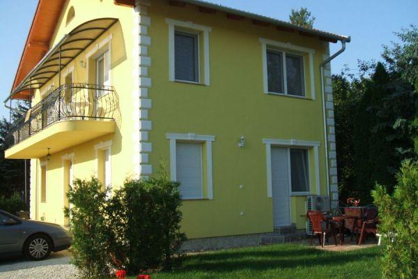yellow-kert-104B9D0130C-6585-F670-72B9-96B35B05EE53.jpg